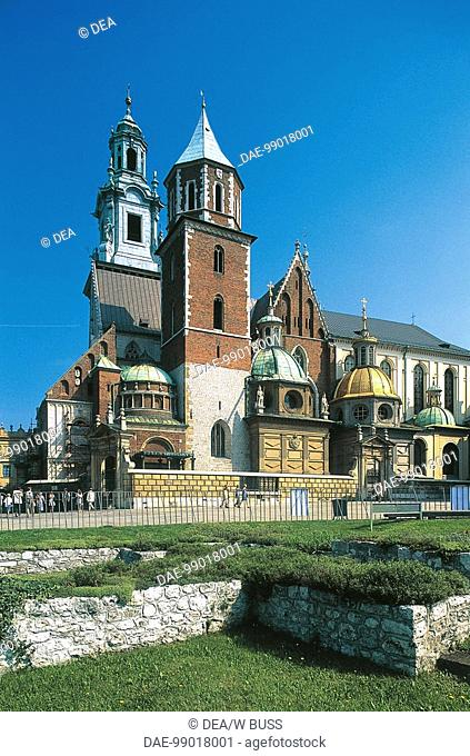 Poland - Krakow - Wavel Castle and Cathedral