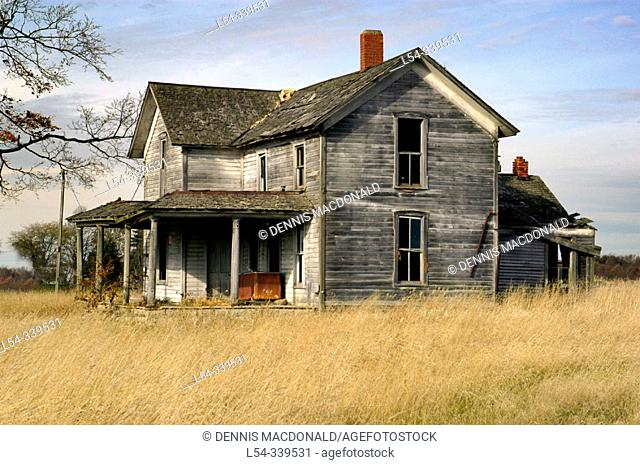 Deserted old farm, homestead along the North Eastern Indiana, Michigan, Ohio and border. USA