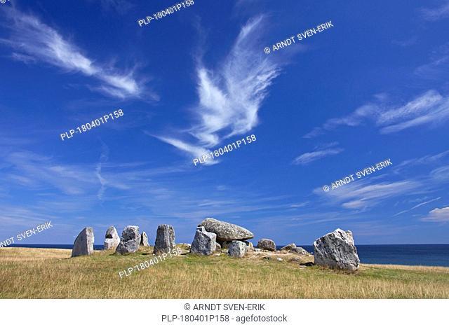 Havängsdösen, Megalithic grave and dolmen near Kivik, Haväng, Österlen, Skåne / Scania, Sweden
