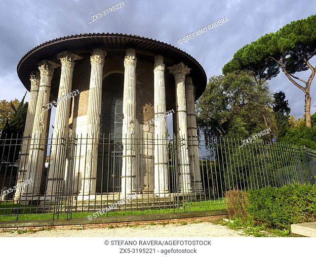 The Temple of Hercules Victor or Hercules Olivarius is a Roman temple in Piazza Bocca della Veritá, in the area of the Forum Boarium close to the Tiber - Rome