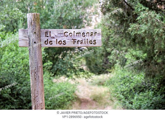 Indicating sign of the Colmenar de los Frailes at the bottom of the Río Lobos Canyon. Rocky Walls in the Canyon Lobos River Natural Park. Soria