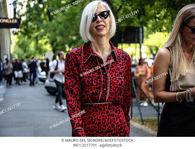 MILAN, Italy- September 20 2018: Linda Fargo on the street during the Milan Fashion Week