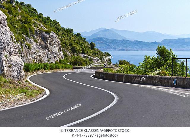 The Amalfi coast roadway near Cetera, Italy
