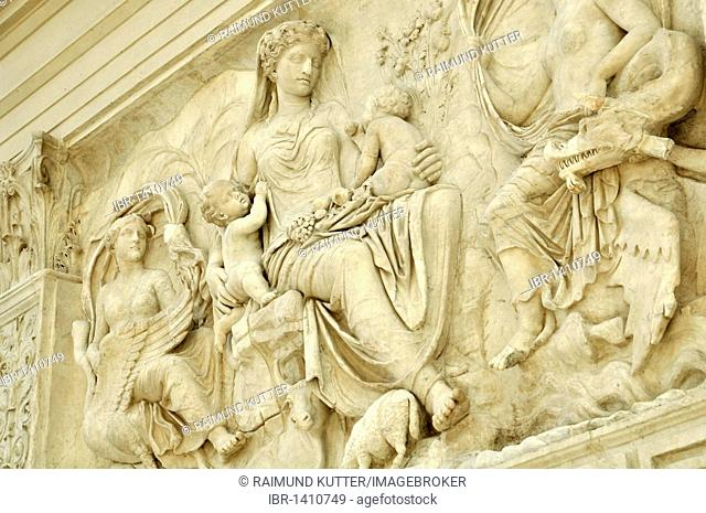 Relief of the earth goddess Tellus or Italia, between nymphs, Altar of Augustan Peace, Ara Pacis Augustae, eastside, Rome, Lazio, Italy, Europe