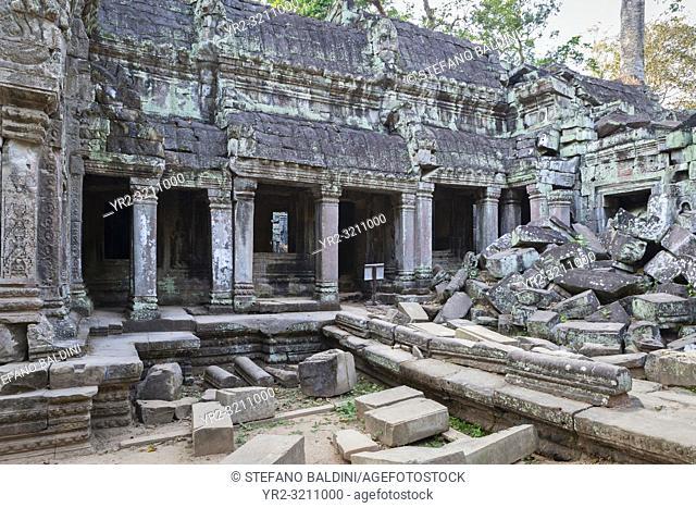 Ta Phrom temple, Angkor, Siem Reap, Cambodia