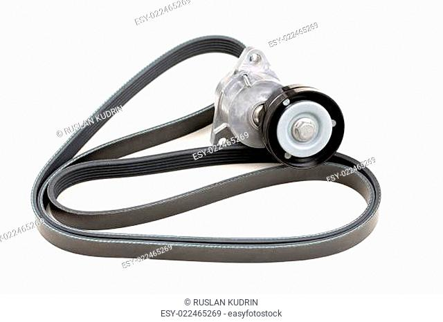 Set serpentine belt and tensioner pulley