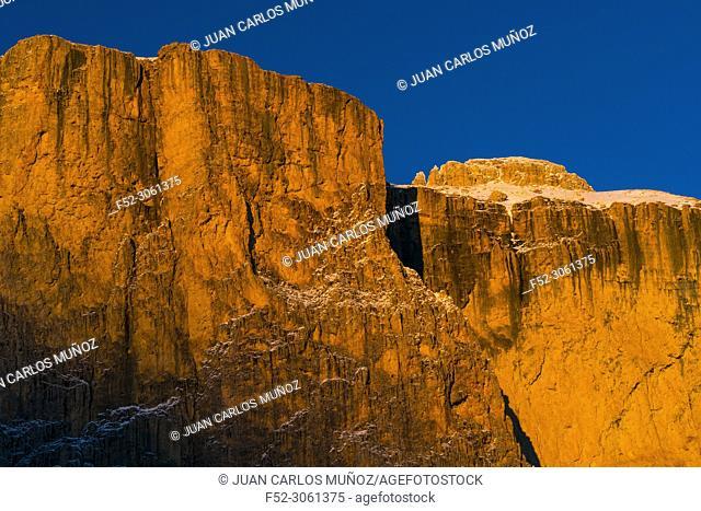 Sella Towers, Sella Pass, Dolomites, Unesco World Heritage Site, Italy, Europe