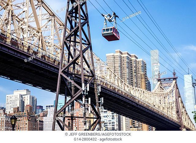 New York, New York City, NYC, East River, Roosevelt Island Tram, Manhattan skyline, commuter aerial tramway, Ed Koch Queensboro Bridge, support tower, skyline