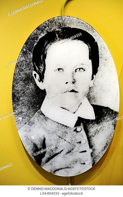 Image of Thomas Alva Edison at age10