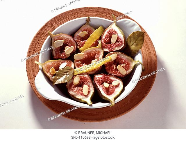 Fresh baked sliced figs with lemon