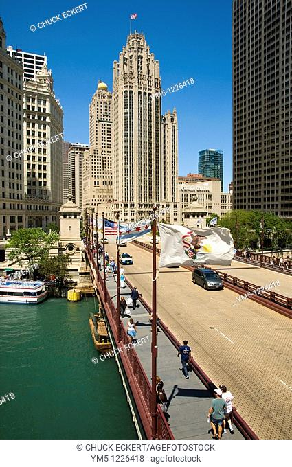Historic Michigan Avenue Bridge at the Chicago River  WGN Building in center background