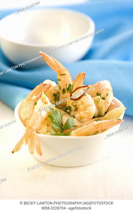 Cazuelita de gambas al ajillo / Prawns fried with garlic