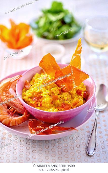 Saffron risotto with prawns and ham