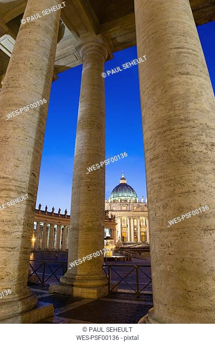 Italy, Rome, Vatican City, Basilica of Saint Peter at night
