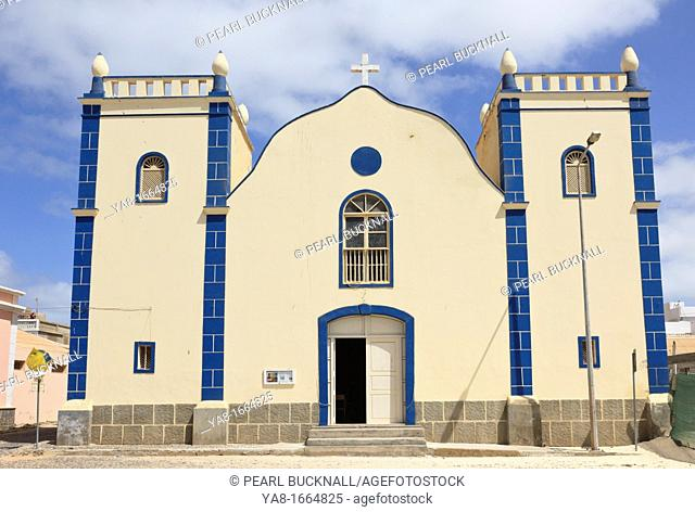 Largo Santa Isobel, Sal Rei, Boa Vista, Cape Verde Islands, Africa  Catholic Church of St  Isobel