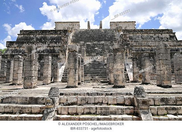 Temple of the Warriors, Zona Nord, Chichen-itza, new wonder of the world, Mayan and Toltec archaeological excavation, Yucatan Peninsula, Mexico, Central America