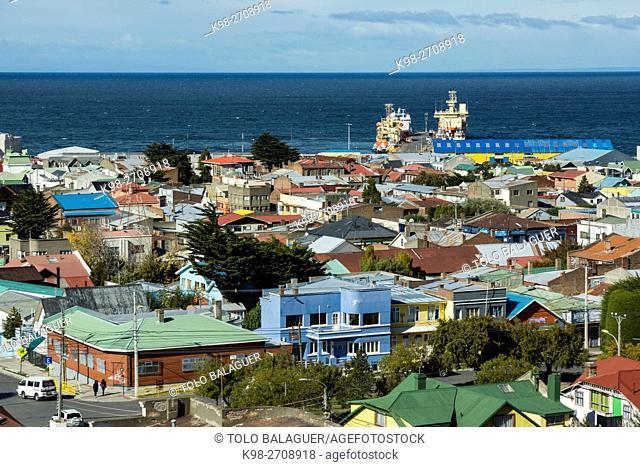 Chile, Patagonia, Punta Arenas (Sandy Point), Cerro de la Cruz