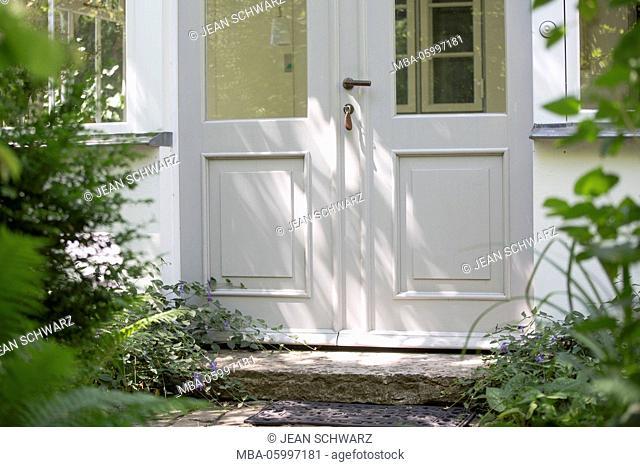 cottage, entry of the glazed veranda, the island of Rügen