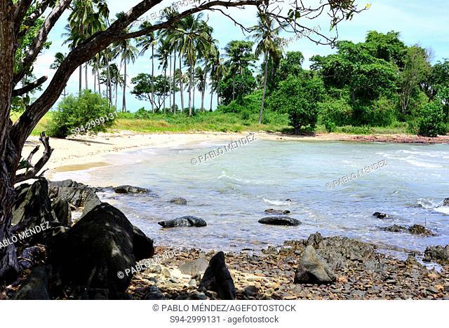 Beach of Koh Tonsay island (Rabbit island), Kep, Cambodia