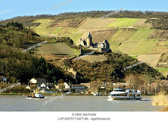 Germany, Hessen, Bacharach. Burg Stahleck castle on the bank of the Rhine river in the Lorelei valley of Hessen Province