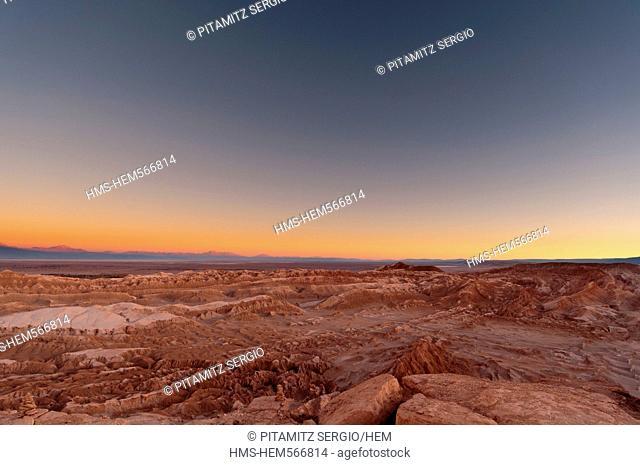 Chile, Antofagasta Region, Atacama Desert, Valle de la Luna Valley of the Moon