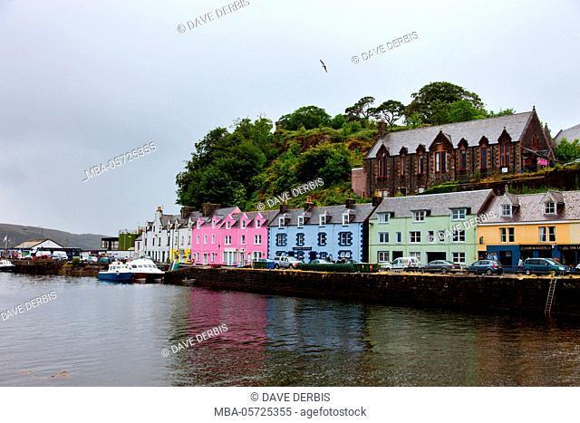 Coloured houses, harbour, Portree, Ilse of Skye, Scotland