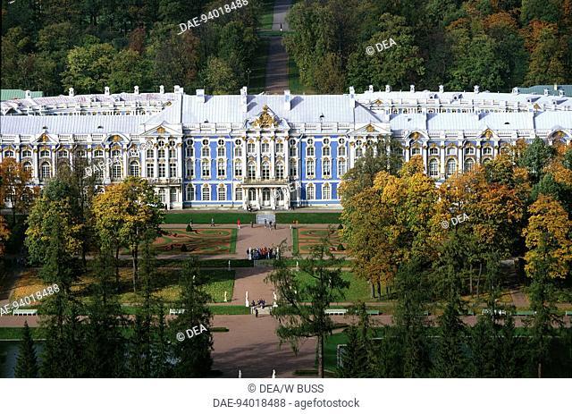 Aerial view of Catherine Palace (Ekaterininskij dvorec, 1752-1756, architect Francesco Bartolomeo Rastrelli, 1752-1756) - Pushkin (Tsarskoe Selo)
