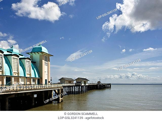 Wales, The Vale of Glamorgan, Penarth. Penarth Pier, one of the last remaining Victorian piers in Wales on the north shore of the Severn Estuary