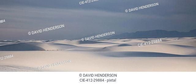 Panoramic of tranquil white sand dune, White Sands, New Mexico, United States
