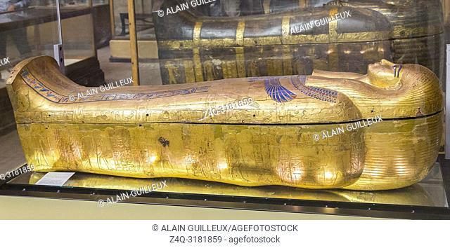 Egypt, Cairo, Egyptian Museum, from the tomb of Yuya and Thuya in Luxor : Mummy-shaped inner coffin of Yuya