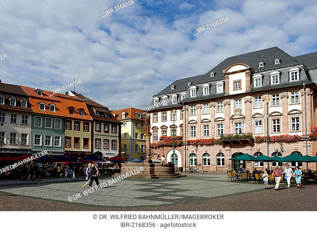 Town hall with the Hercules Fountain, Heidelberg, Baden-Wuerttemberg, Deutschland, Europa