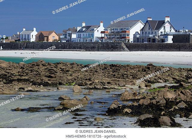 United Kingdom, Channel Islands, Guernsey island, Castel, Cobo Bay
