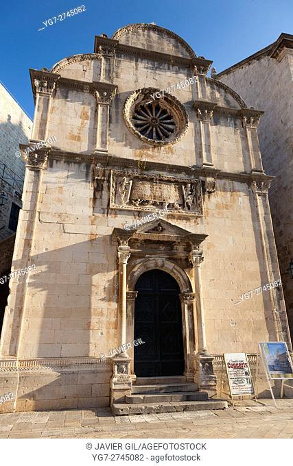Church in the Old Town on Dubrovnik, UNESCO World Heritage Site, Dubrovnik, Dalmatia, Croatia