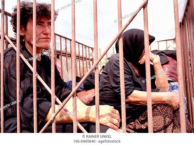 YUGOSLAVIA, CONSTANCIA, 22.07.1991, YUGOSLAVIA : Civil war in Croatia : refugees / displaced are arriving in Constancia , July 1991 - Constancia, Croatia