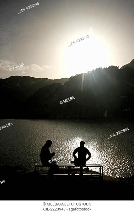 Estany major de Colomers. Aiguestortes National Park. Pyrenees, Spain