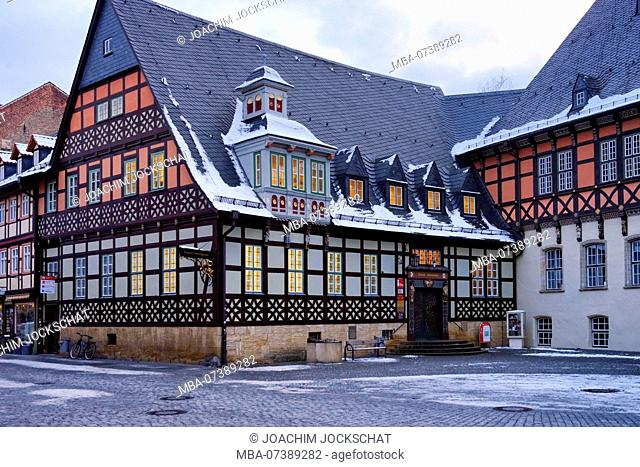 Tourist information at the market square of Wernigerode in evening light, Harz, Saxony-Anhalt, Germany