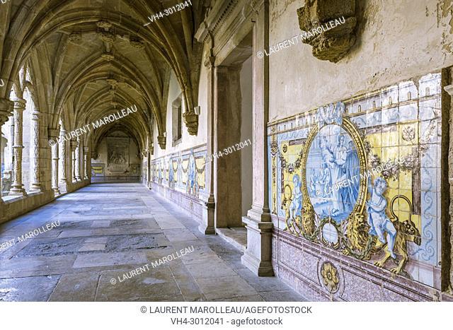 Ribbed Vaults and Azulejos in the Silence Cloister of Santa Cruz Monastery, Sofia Area, Coimbra, Baixo Mondego, Centro Region, Portugal, Europe