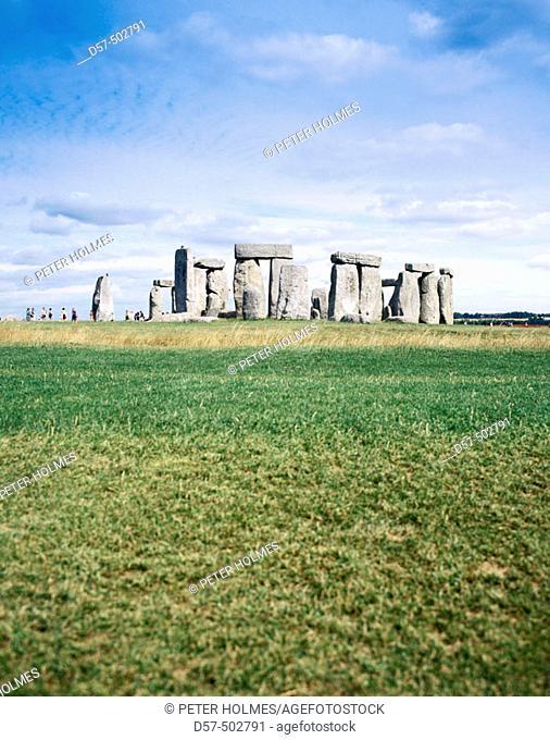 Stonehenge circle. Salisbury, Wiltshire. UK