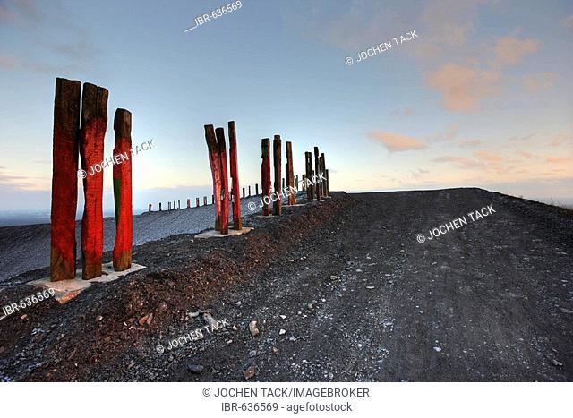 Totems, installation art piece built from over 100 railroad ties by Basque artist Agustín Ibarrola on mining waste heaps near Bottrop, North Rhine-Westphalia