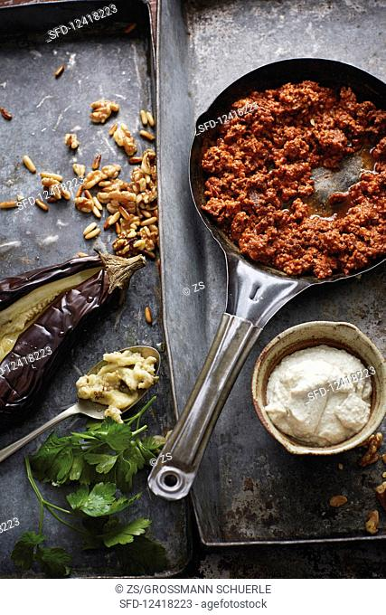 Battersh (aubergine purée with tomatoes and minced meat, Syria)