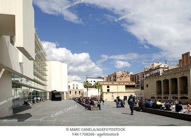 Europe, Spain, Barcelona, Pla dels Angels MACBA Museum ,    As a public entity, the Museu d'Art Contemporani de Barcelona MACBA assumes responsibility for...