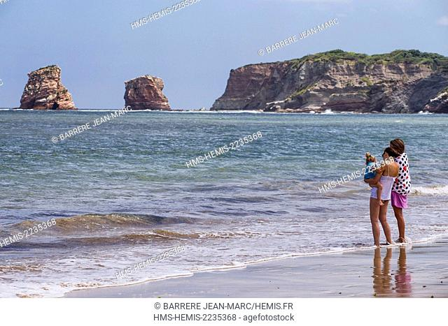 France, Pyrenees Atlantiques, Basque Country, Hendaye, the beach the rocks called the twins