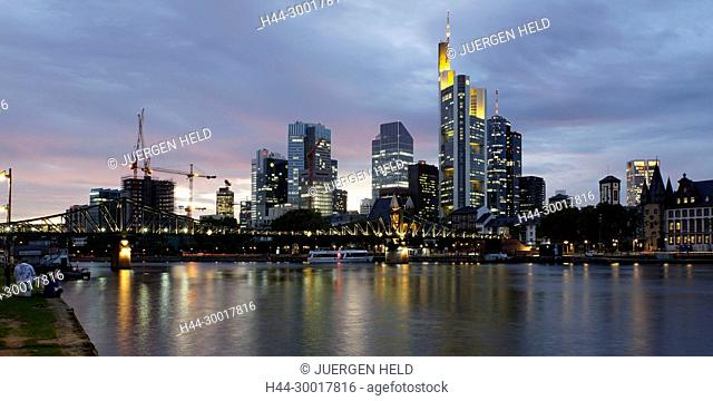 Germany, Hesse, Frankfurt am Main, The new European Central Bank building in the east of Frankfurt, Skyline, Floesser Bridge, Twilight, EZB, ECB