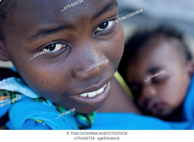 girl with baby in Island of Mozambique