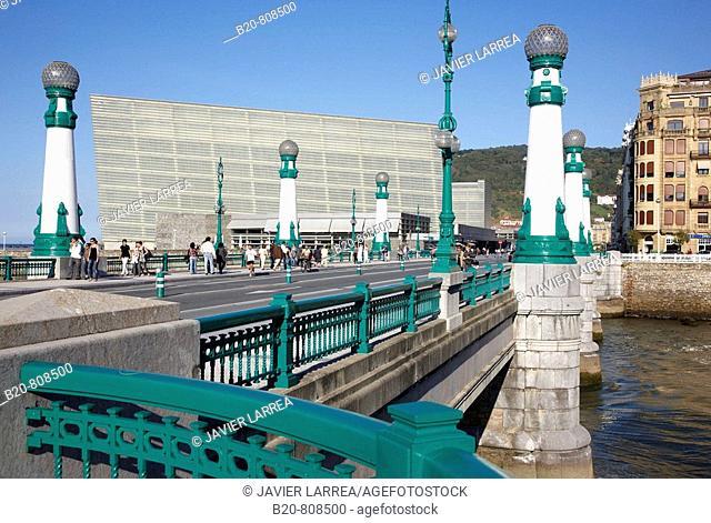 Zurriola Bridge, Kursaal Center, San Sebastian (aka Donostia), Guipuzcoa, Basque Country, Spain