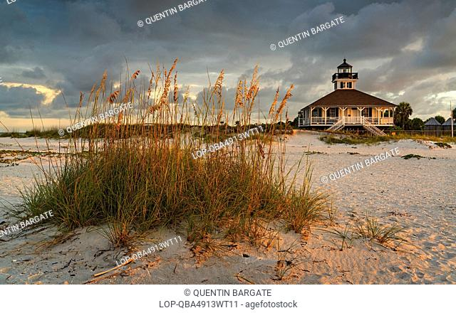 USA, Florida, Gasparilla Island. A view up from the beach at Boca Grande on Gasparilla Island in southwest Florida