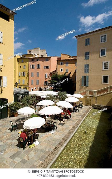 Outdoor café, Place de l'Eveche, Grasse, Provence, France