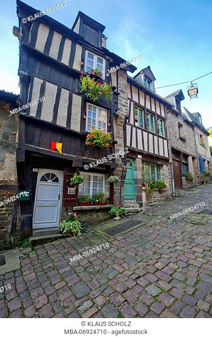 Dinan in the Rue de Petit Fort