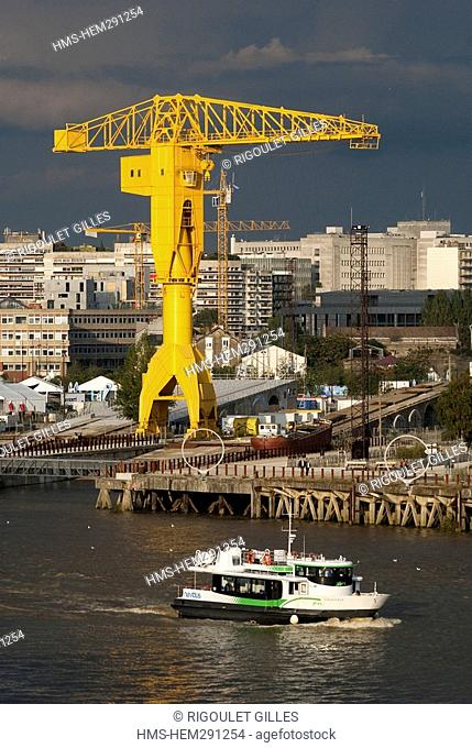 France, Loire Atlantique, Nantes, the grey Titan crane and the new city planning on the Isle of Nantes