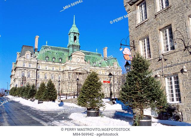 Place Jacques-Cartier and city hall in winter. Montréal. Québec. Canada